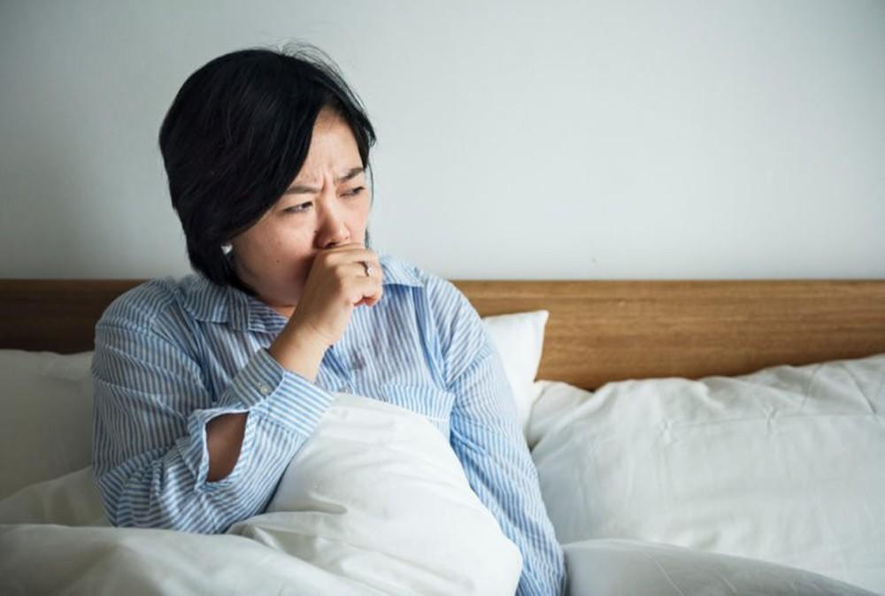 Những cơn ho kéo dài có thể là dấu hiệu của bệnh phổi có vấn đề