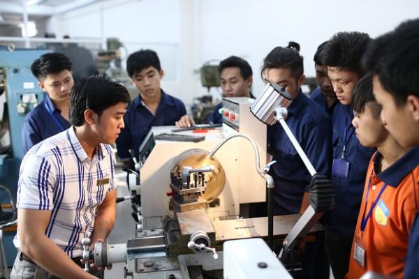 Ngành Cơ kỹ thuật là gì? Nên học ngành Cơ kỹ thuật ở đâu?